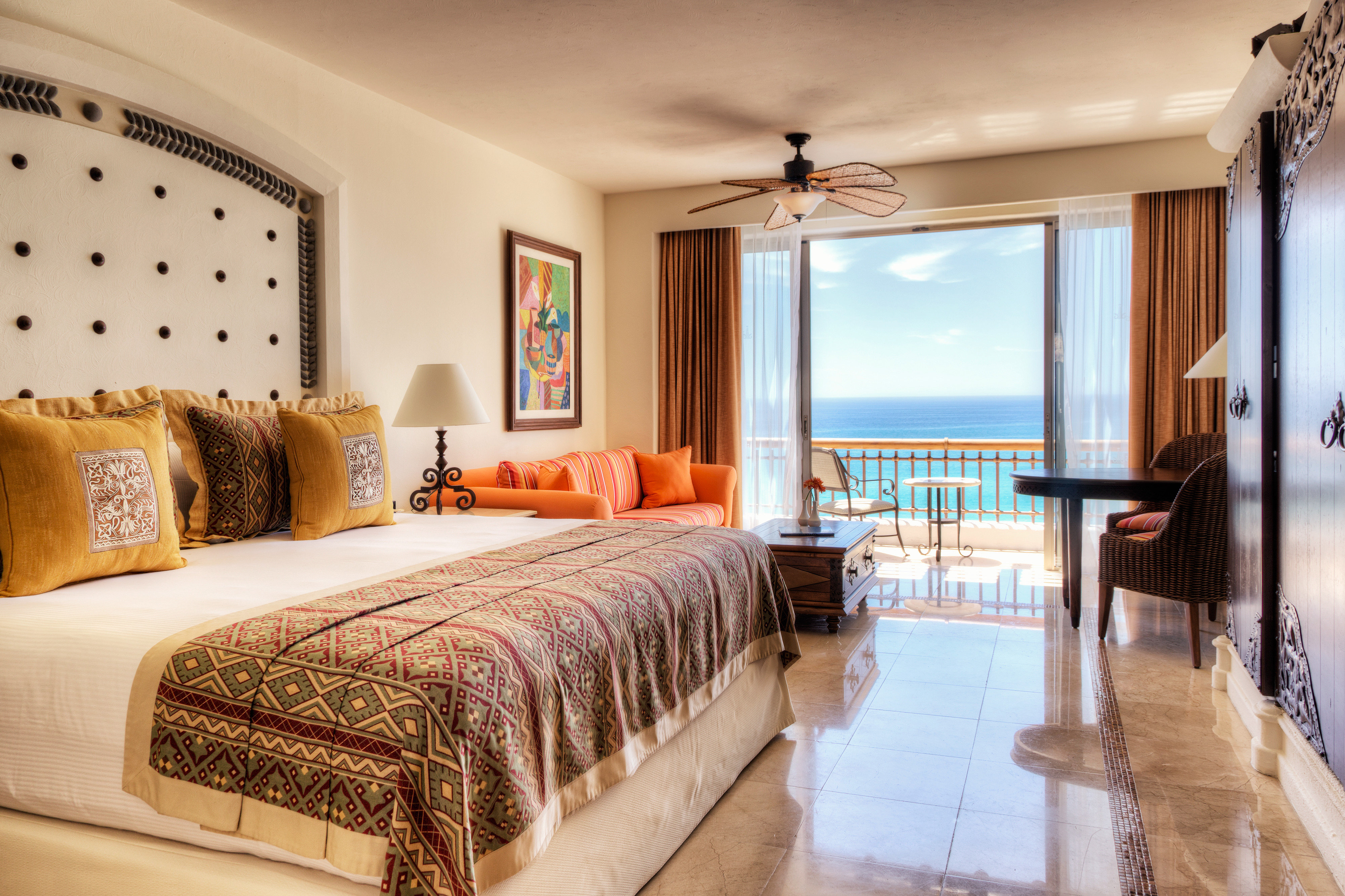 Balcony Bedroom Lounge Scenic views Suite sofa property Villa Resort cottage condominium living room mansion flat