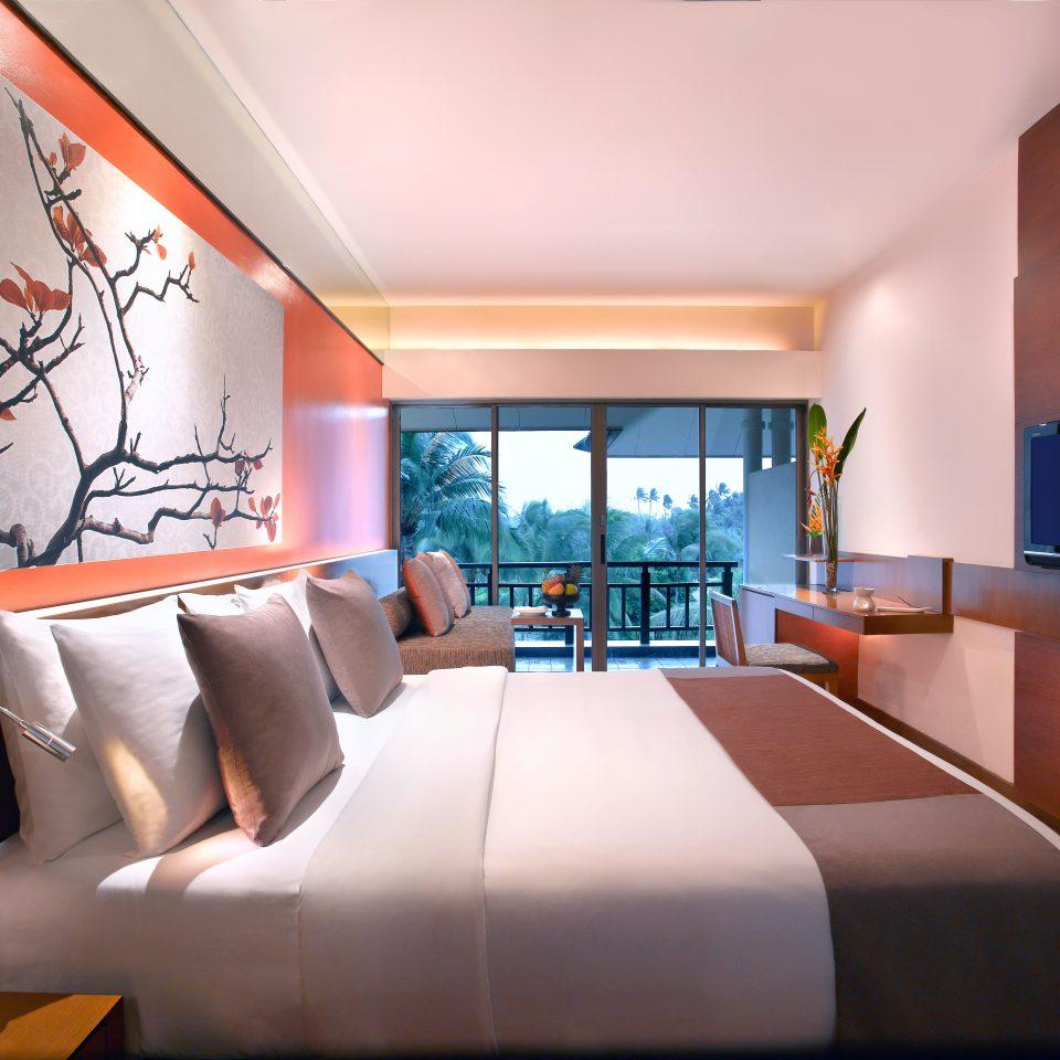 Balcony Bedroom Luxury Modern Scenic views Suite sofa property condominium living room