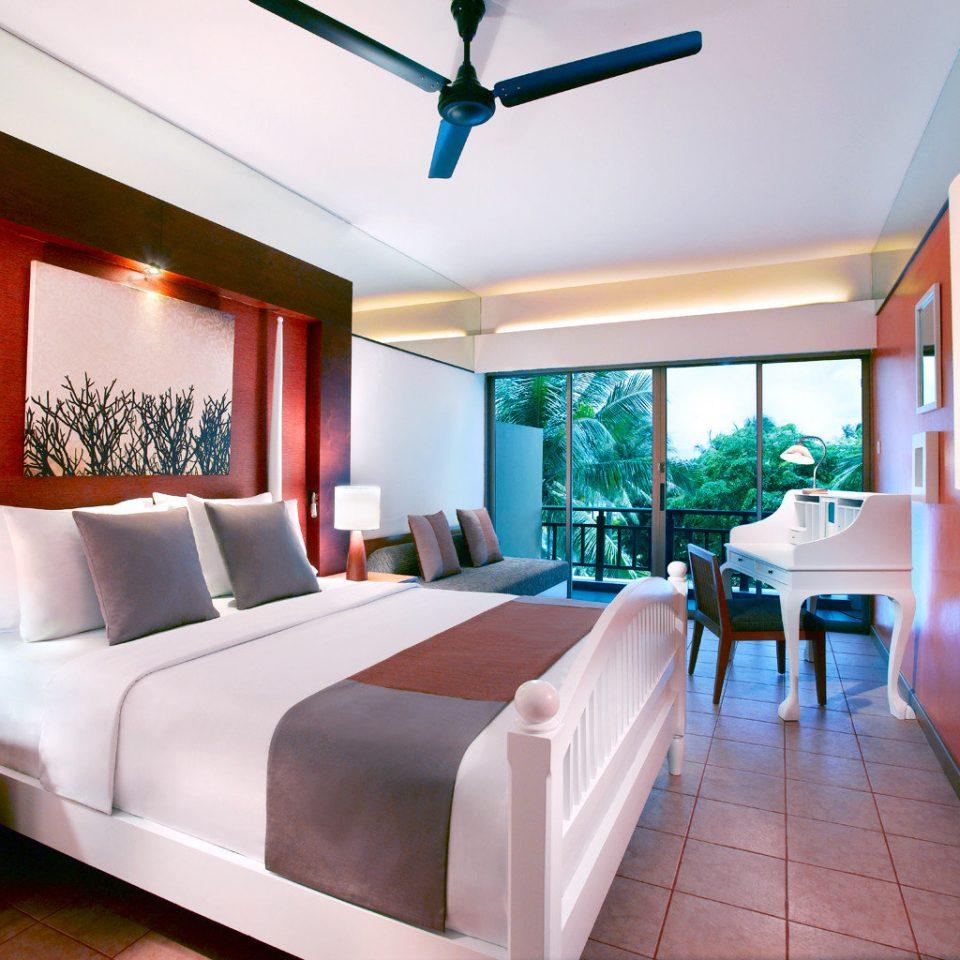 Balcony Bedroom Luxury Modern Scenic views Suite property Resort condominium living room Villa