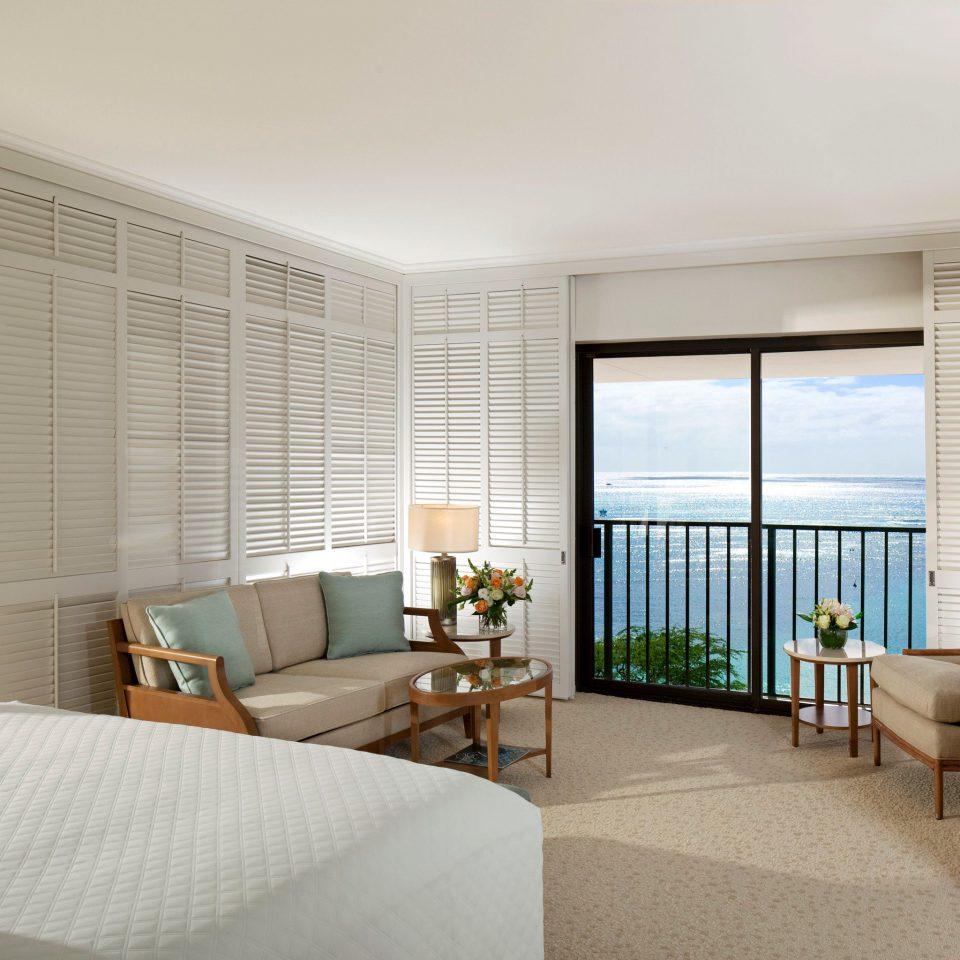 Balcony Bedroom Luxury Patio Resort Scenic views condominium property living room Suite home flat