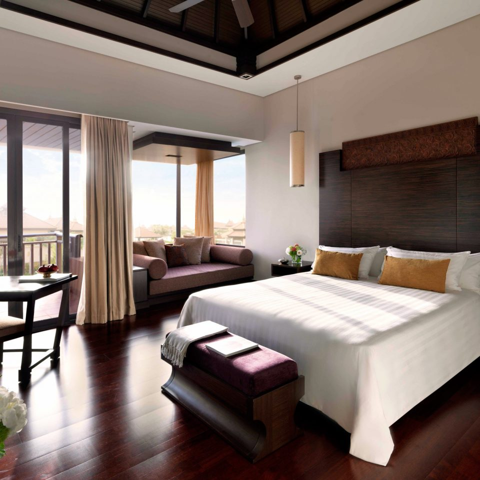 Balcony Bedroom Modern Scenic views Suite property condominium living room Villa Resort home mansion cottage