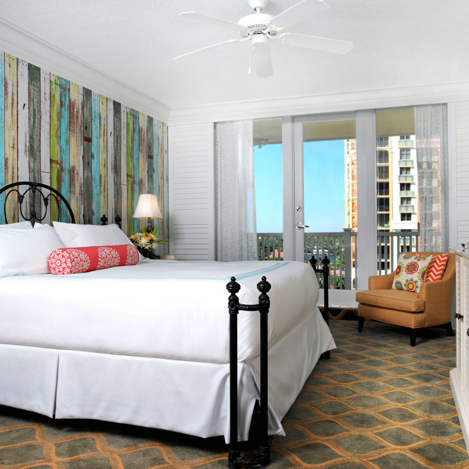 Balcony Bedroom Modern Resort Scenic views Waterfront property living room home Suite condominium cottage containing