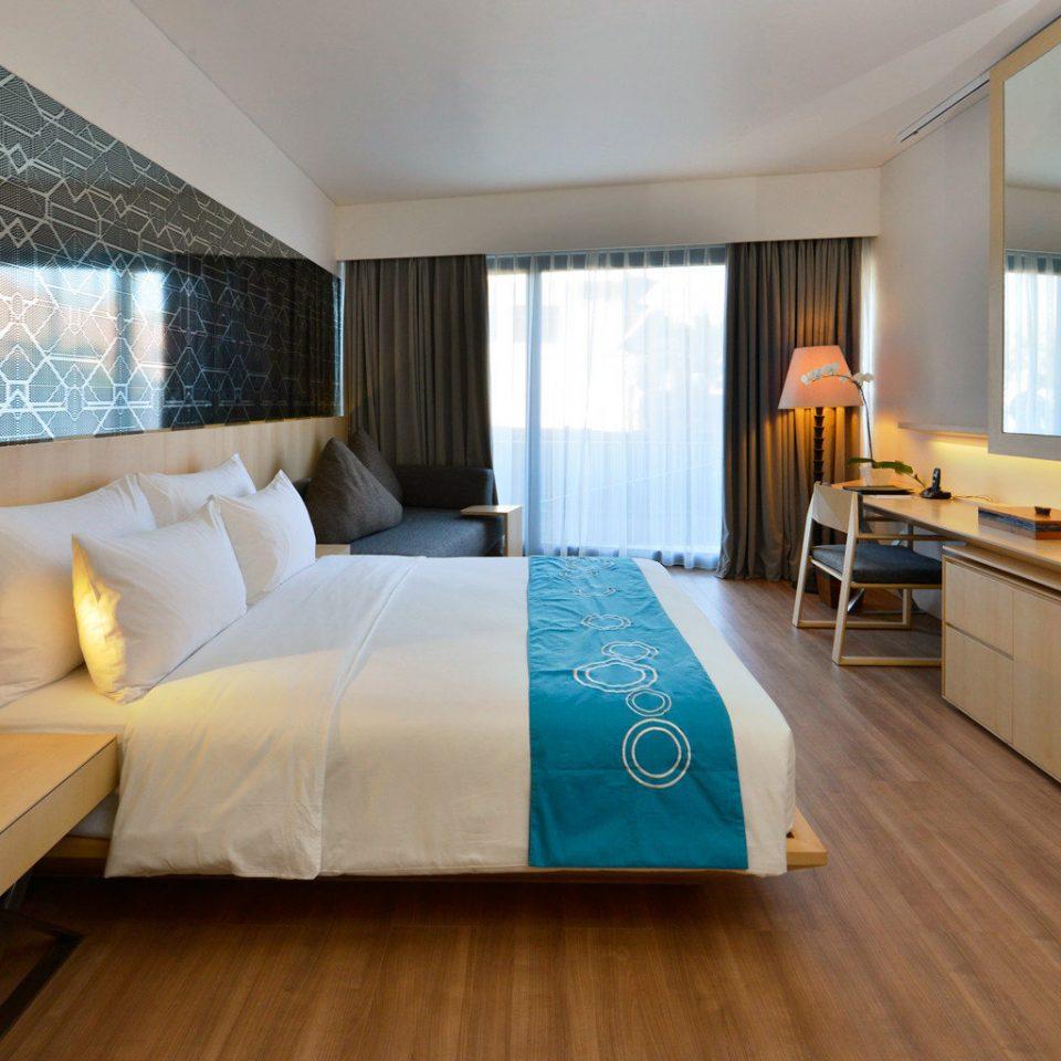 Balcony Bedroom Modern Suite sofa property living room flat