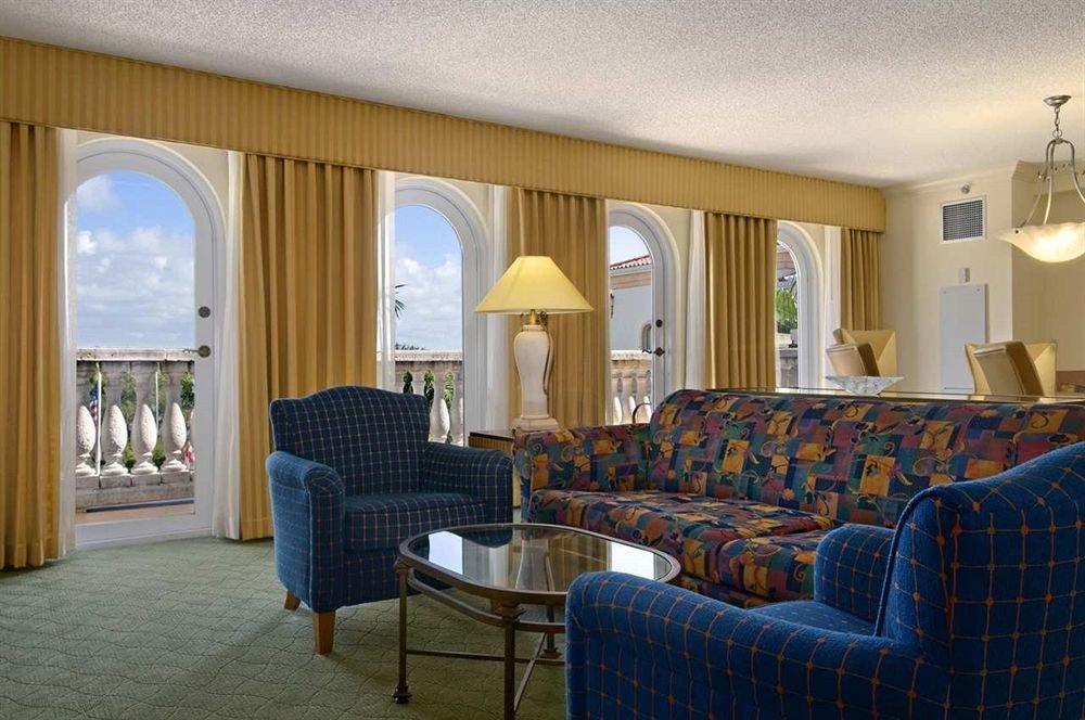 Balcony Bedroom Suite sofa property living room home Villa Resort cottage