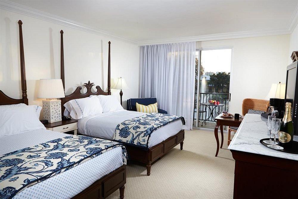 Balcony Bedroom Tropical property scene Suite cottage home living room condominium Villa