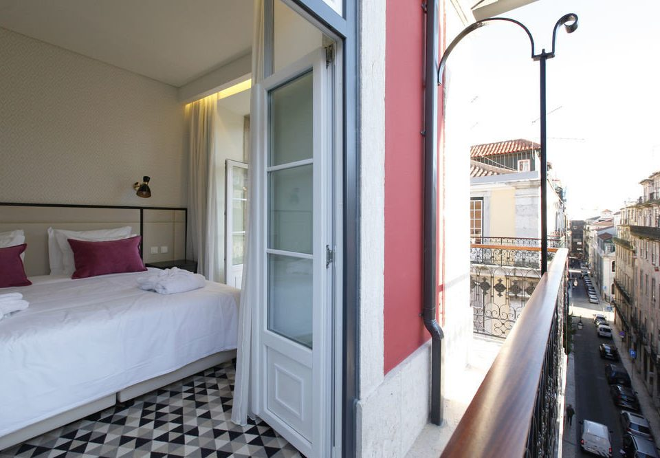 property cottage condominium Balcony Villa Bedroom