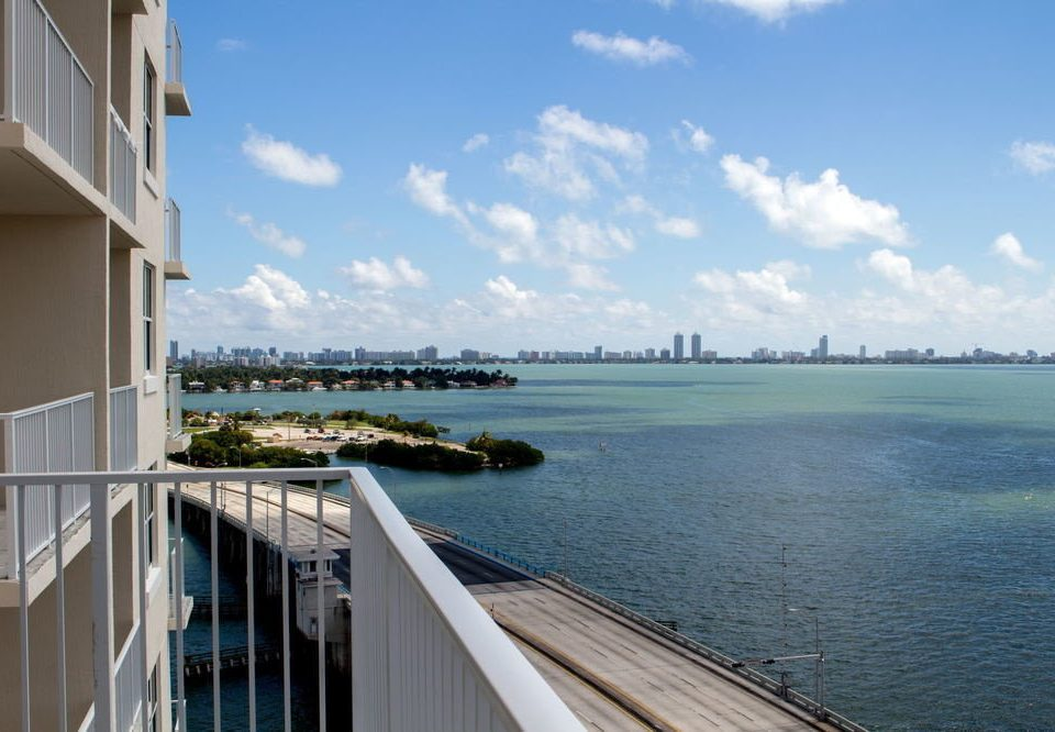 Mare Azur Miami Luxury Apartments By Grand Bay Fl