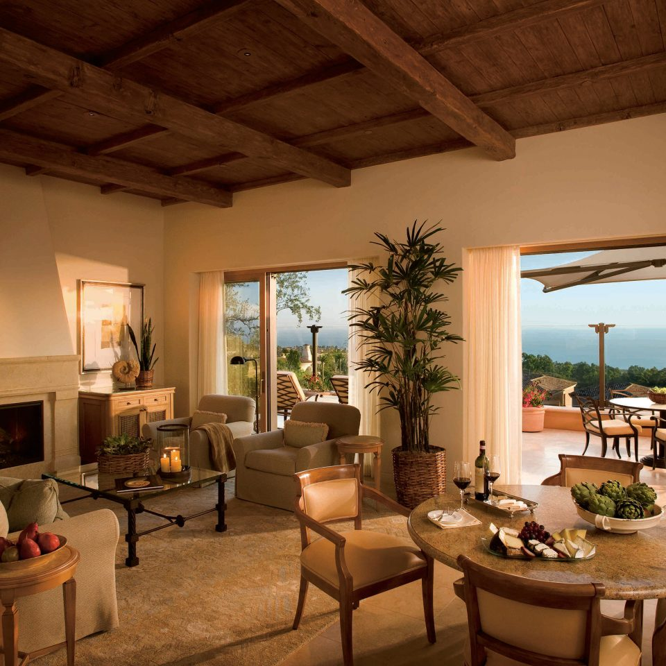 Balcony Classic Dining Drink Eat Fireplace Lounge Patio Resort Terrace Villa chair property living room home cottage restaurant farmhouse hacienda