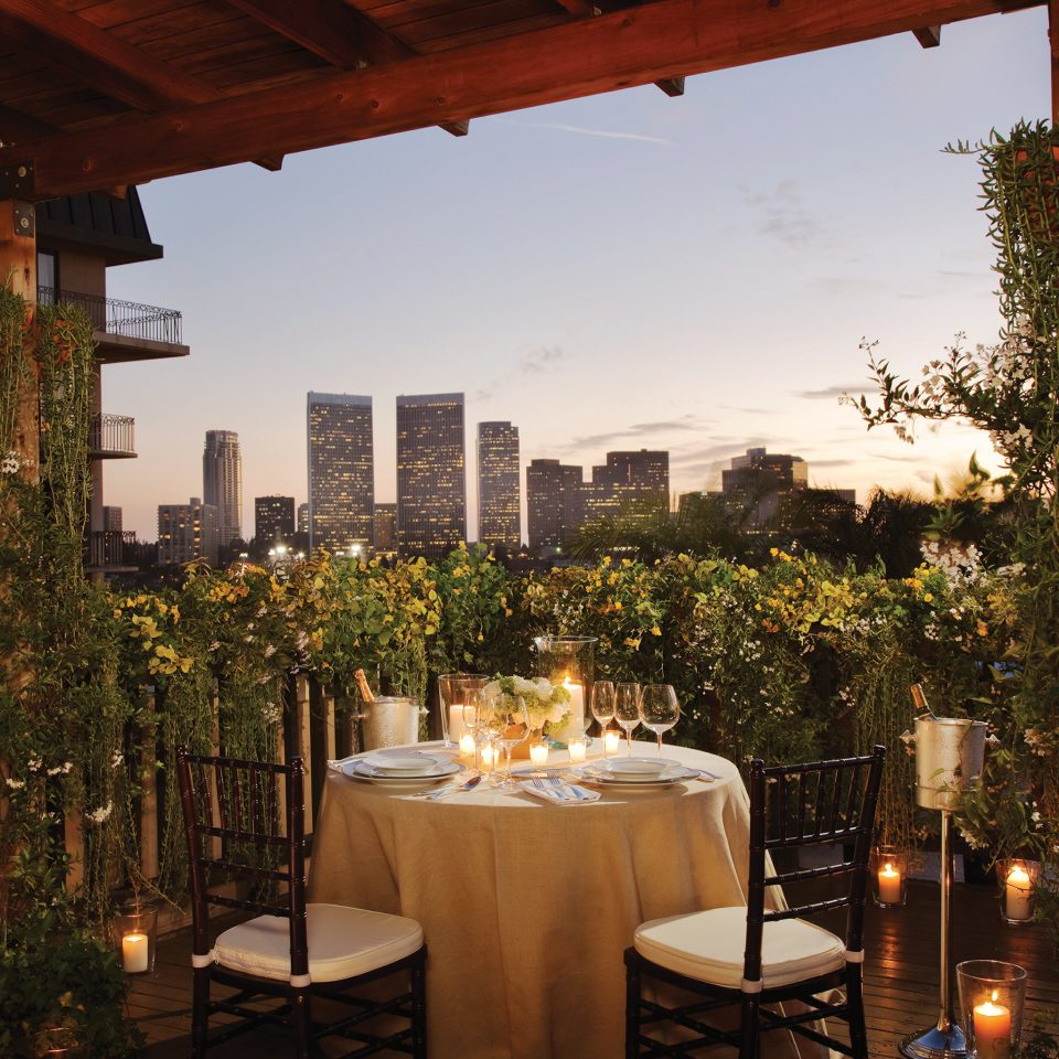 Balcony Classic Dining Eat Elegant Luxury Romance Romantic Scenic views sky tree building restaurant evening Resort