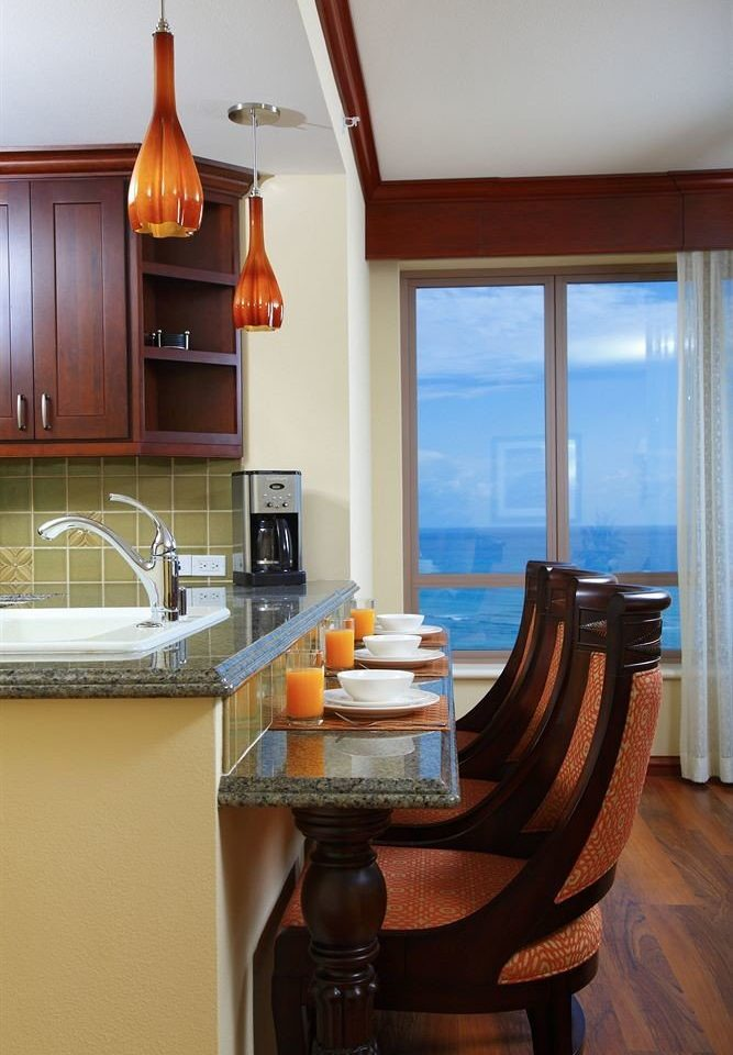 Balcony Classic Kitchen Resort Scenic views property home house hardwood cottage Suite living room cabinetry farmhouse