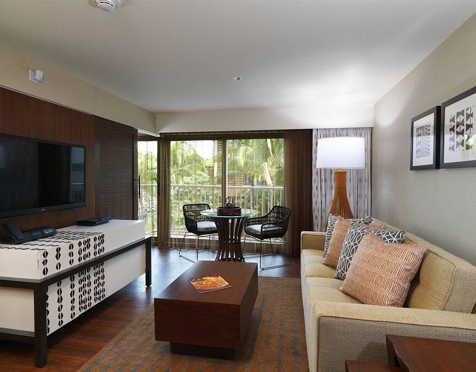Balcony Classic Resort property living room condominium home hardwood Suite cottage Villa