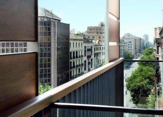 sky property condominium Balcony residential area neighbourhood home handrail tower block outdoor structure