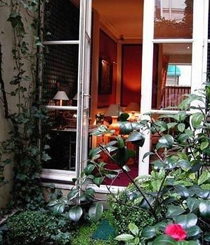 plant property porch building yard home backyard cottage Courtyard outdoor structure Garden Balcony flower