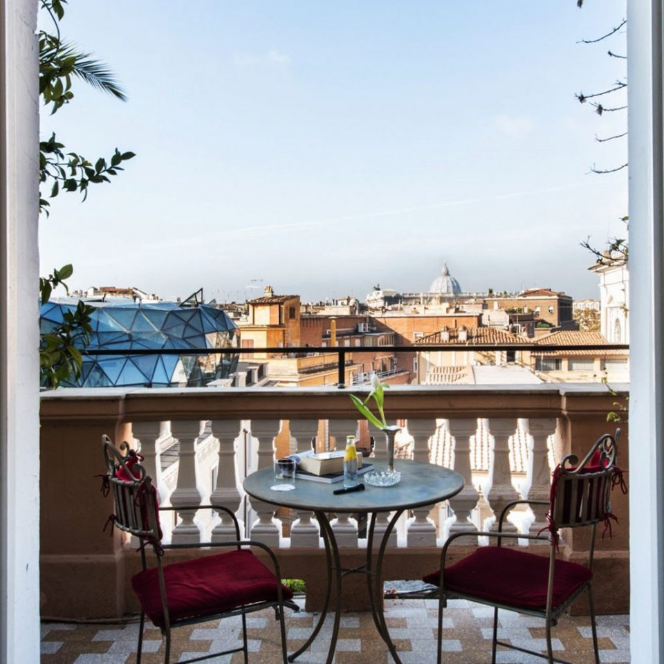property Balcony home house condominium porch restaurant Courtyard mansion cottage Resort outdoor structure Villa