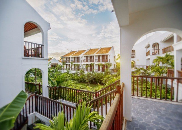 property building Resort Villa house Balcony hacienda condominium home porch cottage mansion Courtyard eco hotel