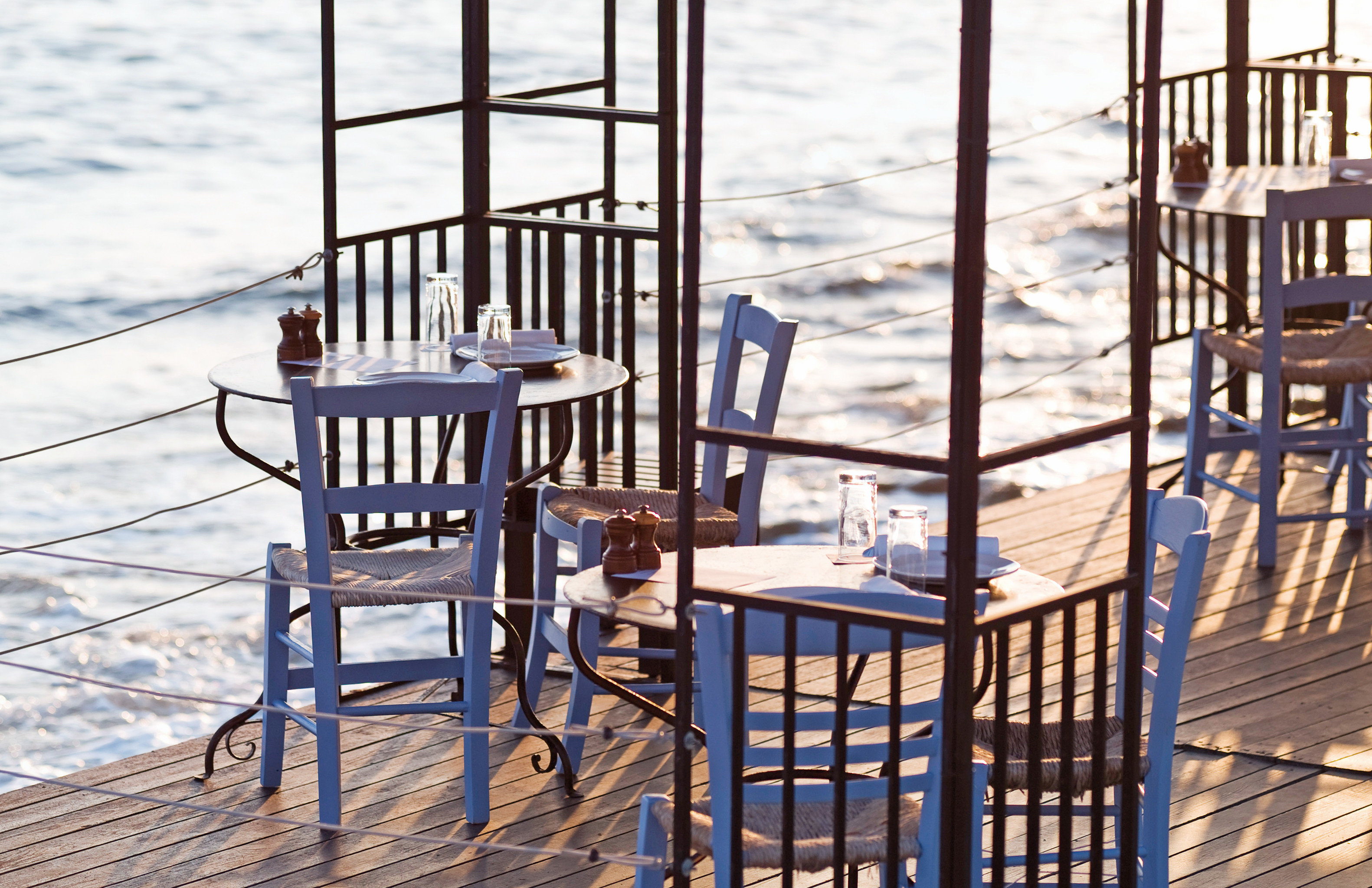 Cultural Deck Dining Drink Eat Elegant Family Island Outdoors Waterfront chair house home Balcony Ocean cottage set