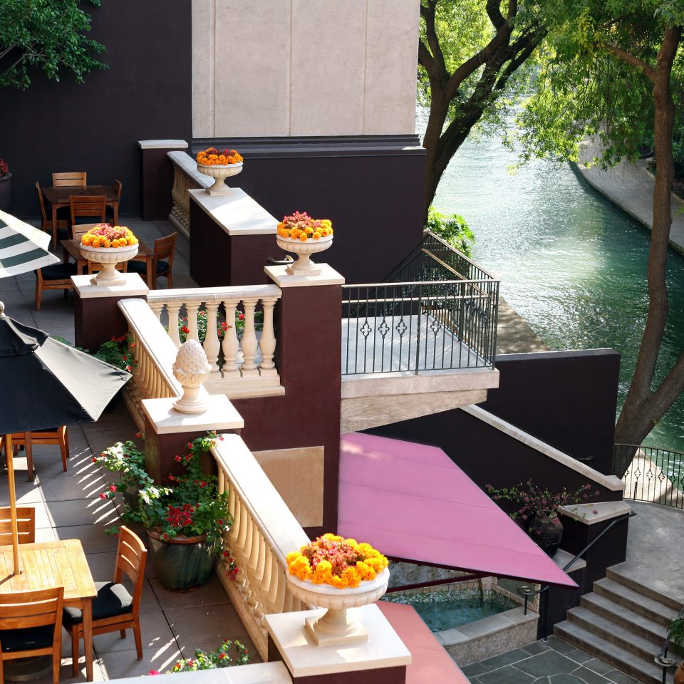 Balcony Deck Hotels Lounge Modern Patio Terrace Trip Ideas tree restaurant Resort Dining home
