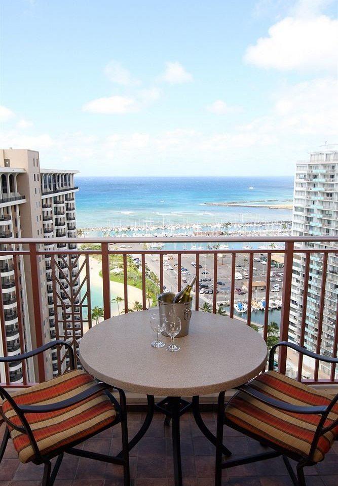 Balcony Drink Resort Scenic views sky chair property condominium Ocean home Villa overlooking Deck shore