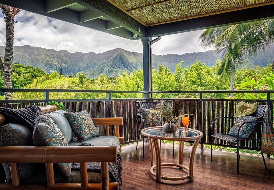 Balcony Mountains Resort Scenic views property house home backyard cottage Villa porch outdoor structure Deck dining table