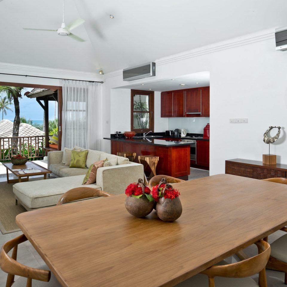 Balcony Drink Eat Lounge Scenic views property home living room hardwood cottage Dining farmhouse Villa condominium