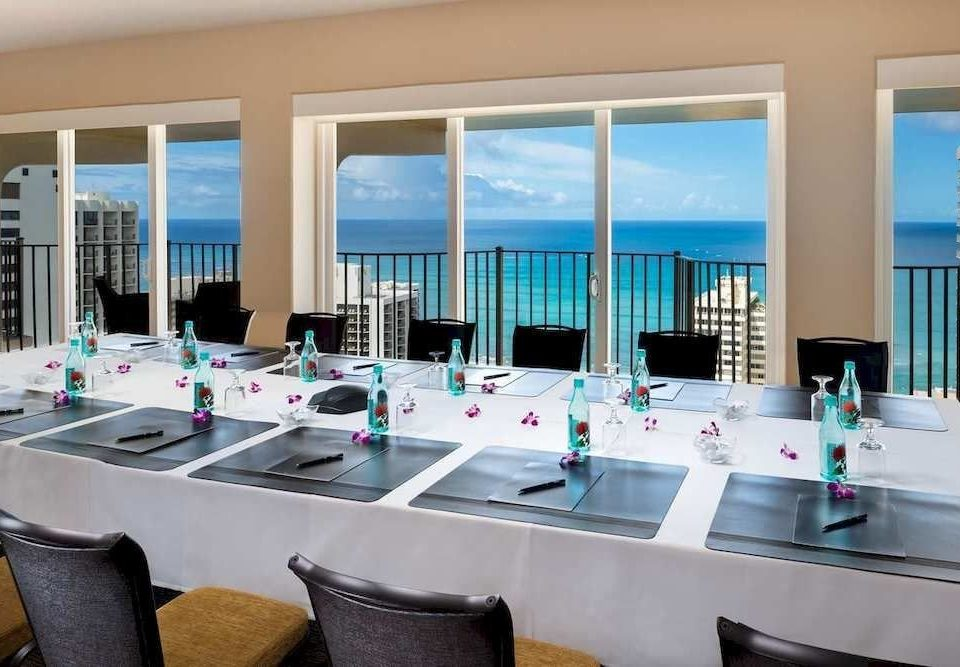 Balcony Dining Drink Eat Resort Scenic views property condominium Suite swimming pool restaurant Villa Modern Island