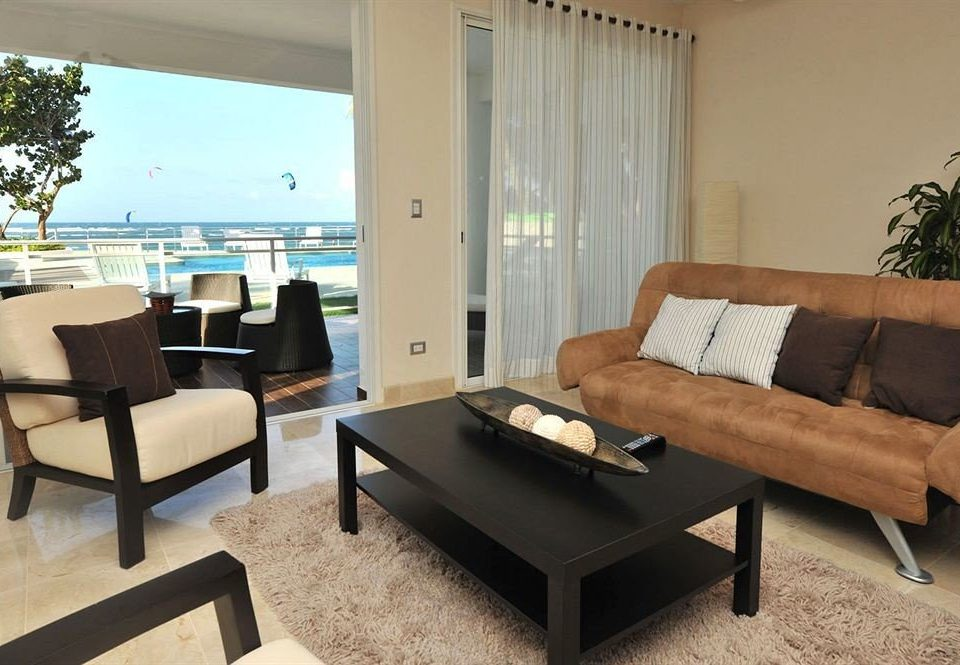 Balcony Hip Lounge Luxury Modern Scenic views sofa property living room condominium Suite Villa home flat