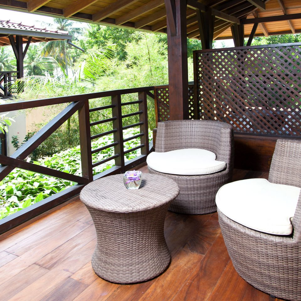 Balcony Lounge Luxury man made object property outdoor structure backyard porch cottage