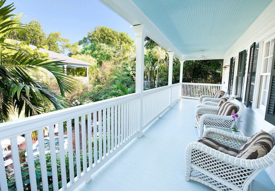 property porch home house Villa condominium Resort backyard cottage outdoor structure Balcony mansion
