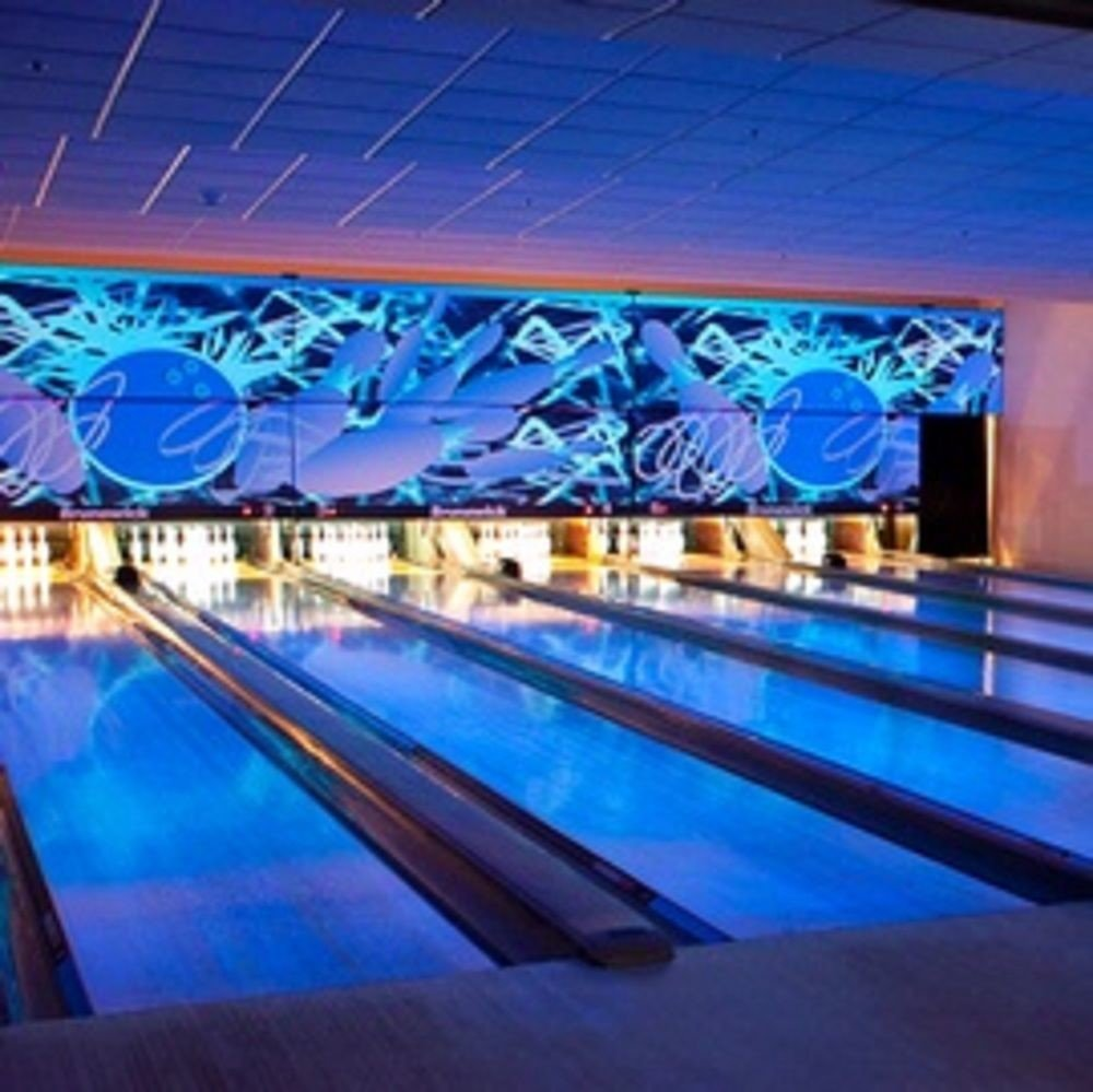 bowling ten pin bowling ball game sports structure leisure leisure centre swimming pool sport venue billiard room individual sports colorful painted colored