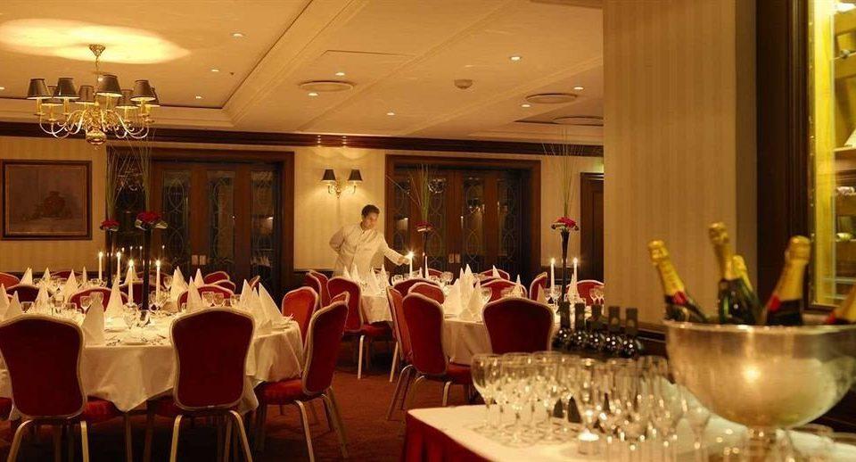 function hall banquet dinner wedding ceremony restaurant ballroom wedding reception dining table