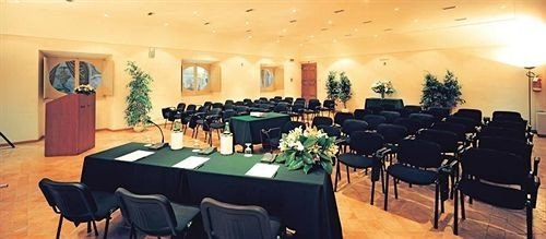 function hall banquet restaurant conference hall meeting ballroom convention center set conference room dining table