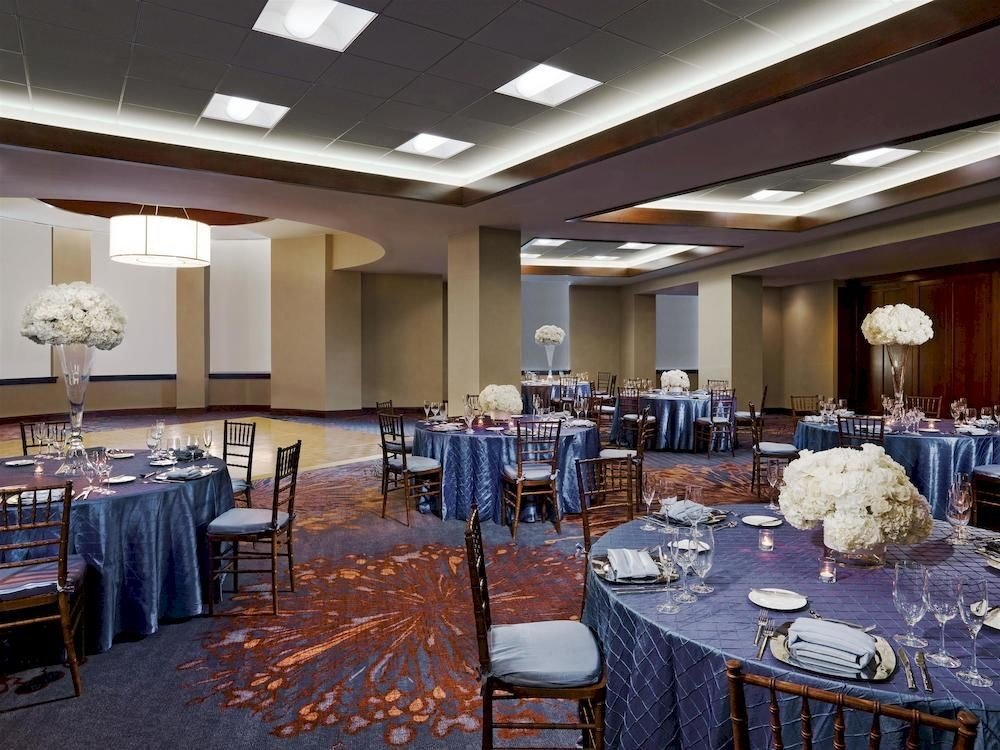 function hall conference hall banquet restaurant scene ballroom convention center meeting