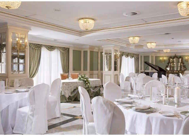 function hall banquet white ballroom mansion dining table