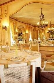 restaurant function hall palace ballroom mansion dining table