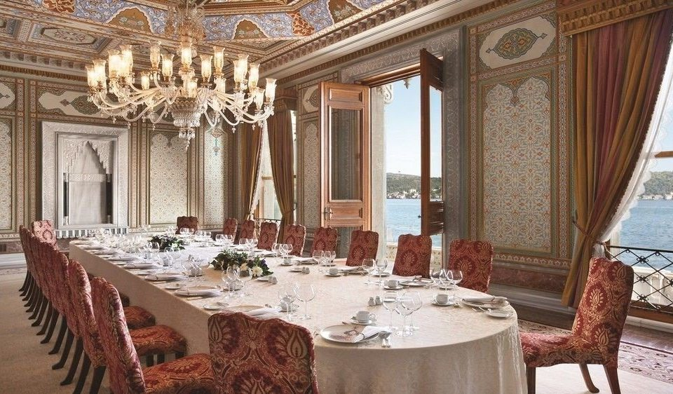 property palace function hall restaurant mansion ballroom fancy set