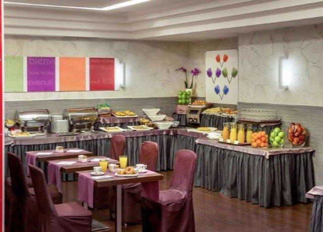 restaurant function hall lunch banquet brunch cluttered