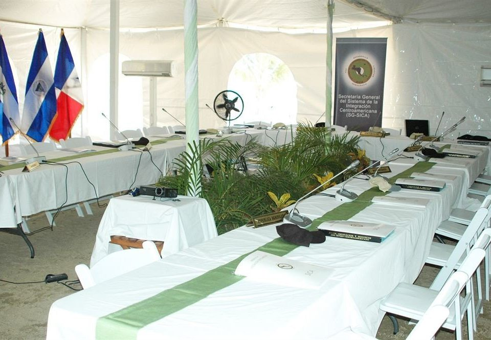white banquet