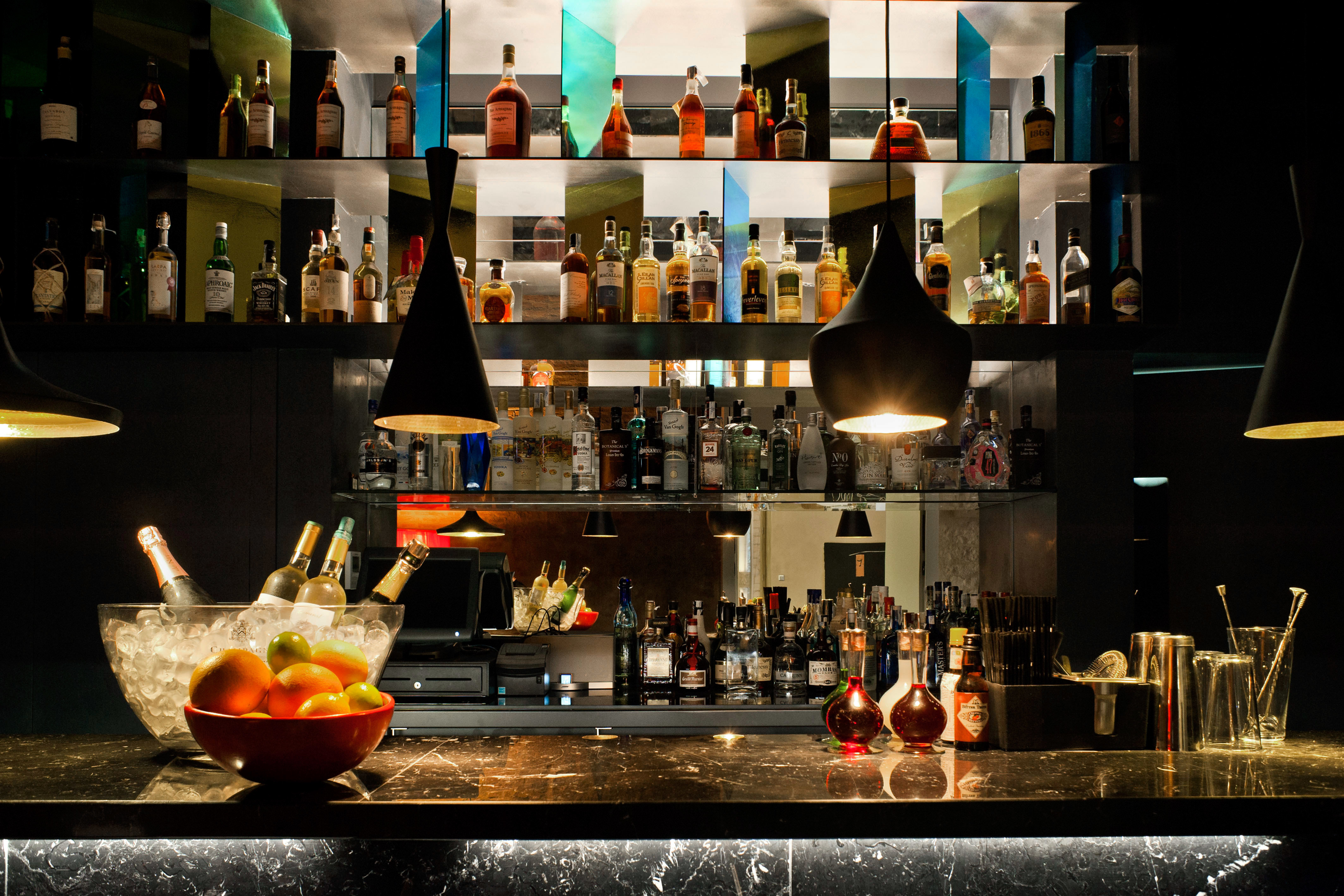 Bar Barcelona Boutique Boutique Hotels City Drink Hip Hotels Luxury Modern Nightlife Spain counter restaurant distilled beverage