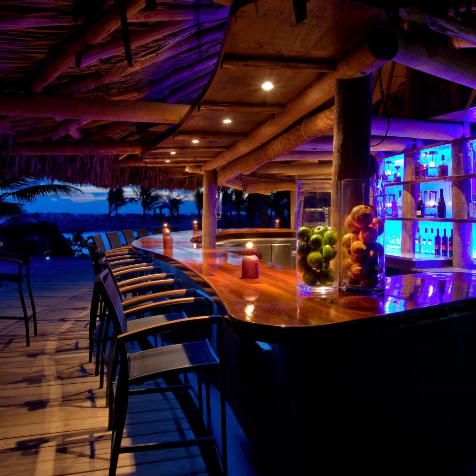 Bar Beach Beachfront Dining Drink Eat Elegant Luxury Ocean Scenic views night nightclub restaurant club