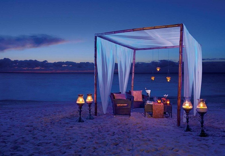 Bar Dining Drink Eat Elegant Luxury sky water blue Ocean Sea Beach horizon night light evening Winter morning sunlight dusk ice Coast Sunset sunrise shore