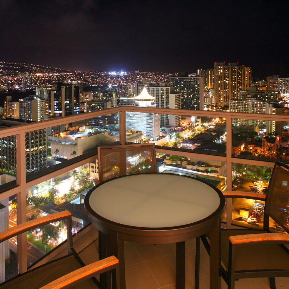 Beachfront Buildings Luxury Nightlife Scenic views night lighting Bar