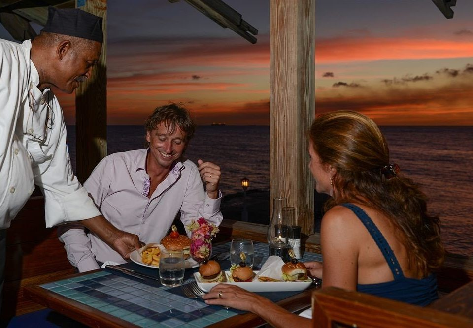 Bar Beachfront Dining Drink Eat Romantic sitting evening Family