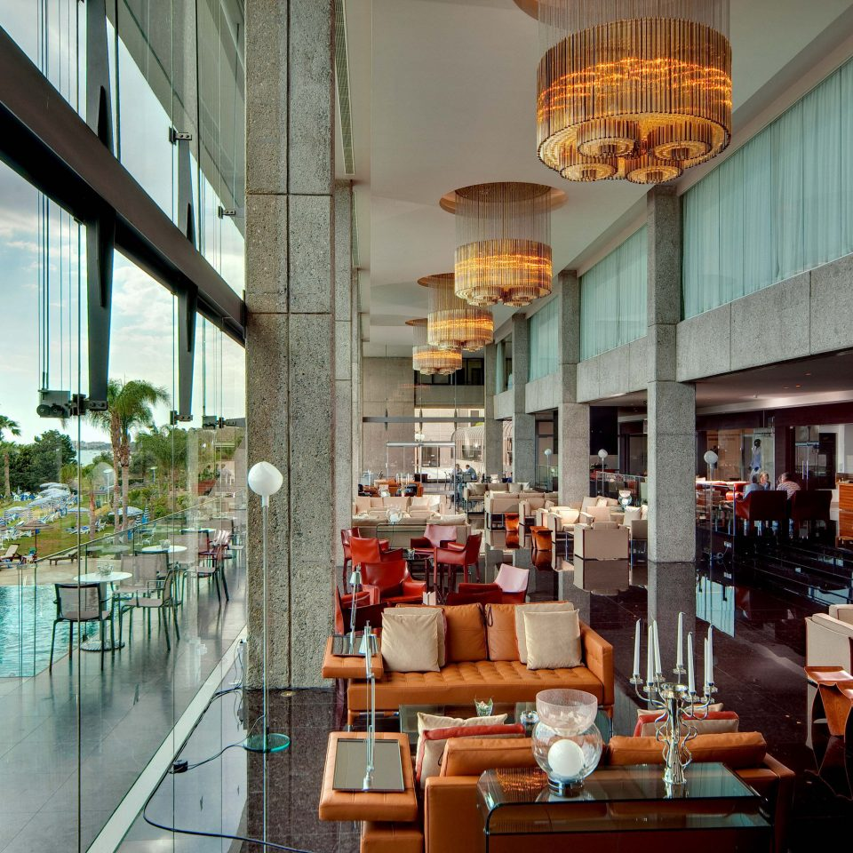 Bar Beachfront Dining Drink Eat Elegant Luxury Modern Scenic views restaurant Lobby Resort shopping mall condominium retail