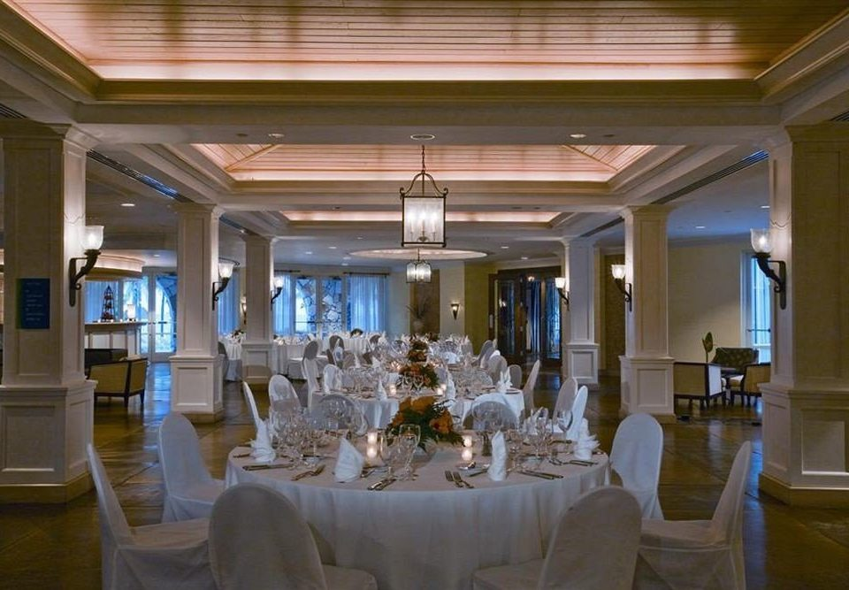 Bar Beachfront Dining Drink Eat Scenic views function hall ballroom convention center restaurant Lobby palace