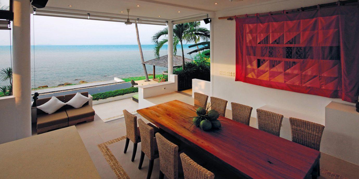Bar Beachfront Dining Drink Eat property home Villa restaurant Resort