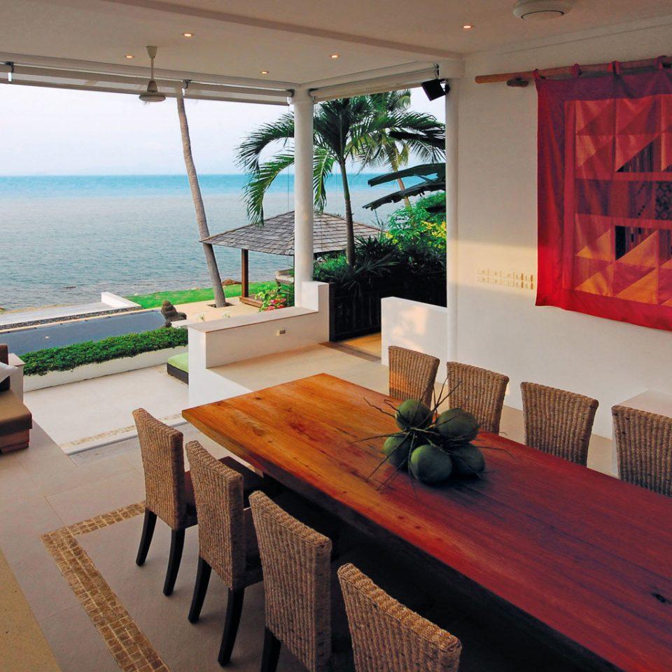Bar Beachfront Dining Drink Eat property home Villa restaurant Resort