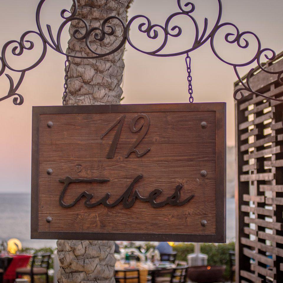 Bar Beachfront Dining Drink Eat Luxury Romantic restaurant sign lighting