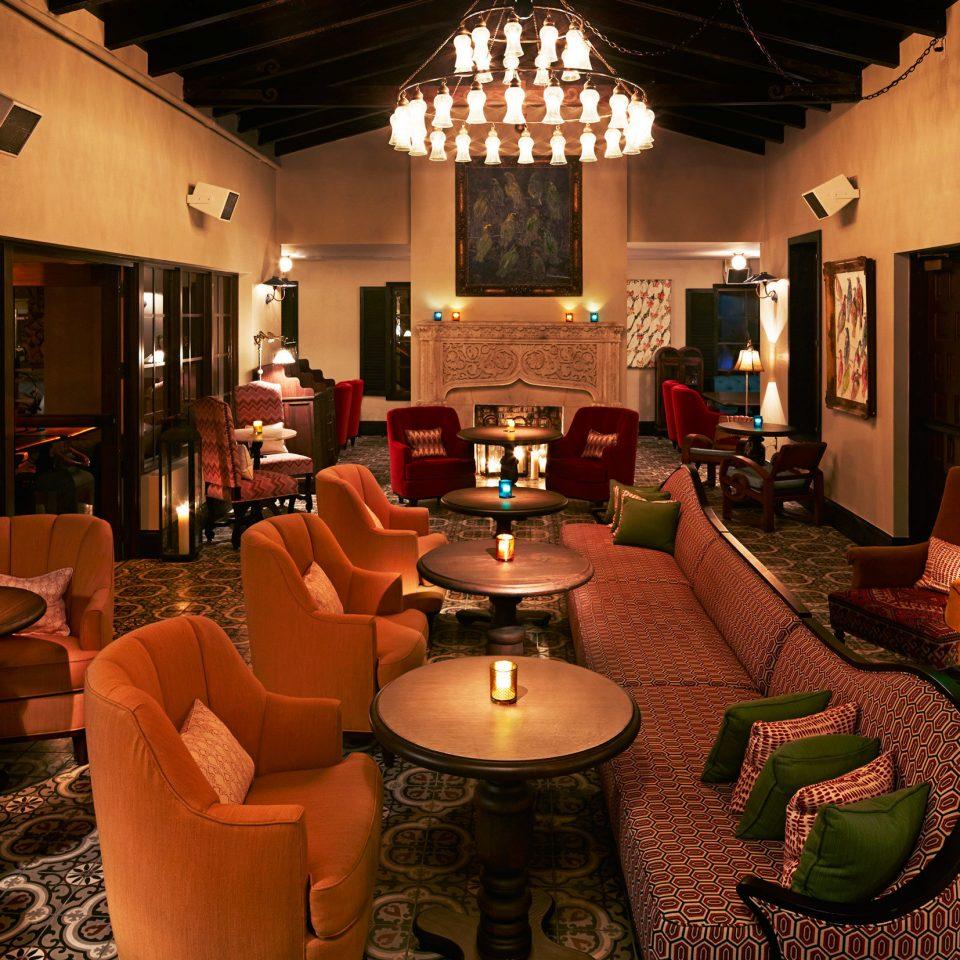 Beachfront Dining Drink Eat Hotels Resort Romance Lobby restaurant living room recreation room Bar