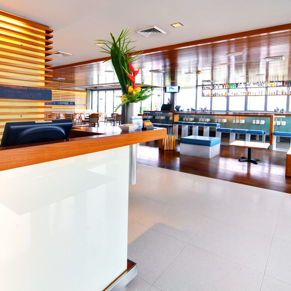 Bar Beachfront Drink Lobby Lounge Resort property condominium home