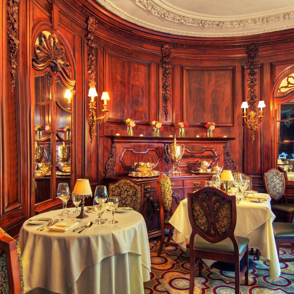 Bar Dining Drink Eat Elegant function hall ballroom palace Bedroom fancy